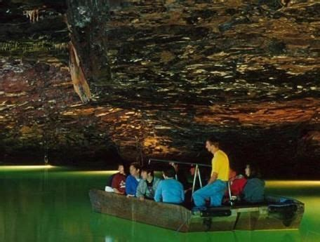 glass bottom boat chattanooga tn the lost sea is in sweetwater tennesse and is listed in