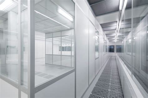 Cleanroom Ceiling Systems by Modular Cleanroom Ceiling Systems With Integrated Led