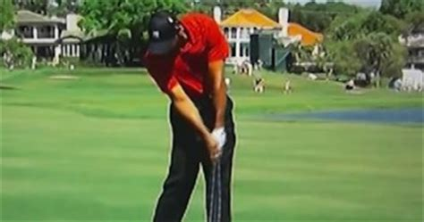 tiger woods swing speed tiger woods golf swing video 2012 face on view full