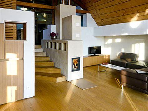 Massives Bücherregal by Treppe Design Platzsparend