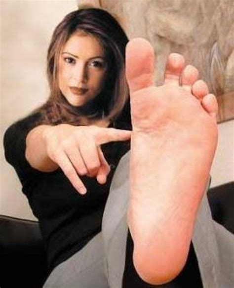 best celebrity feet photos celebrity feet photos whose famous toes are these hubpages