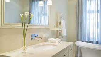 bathroom looks 13 sneaky tricks to make your bathroom look bigger