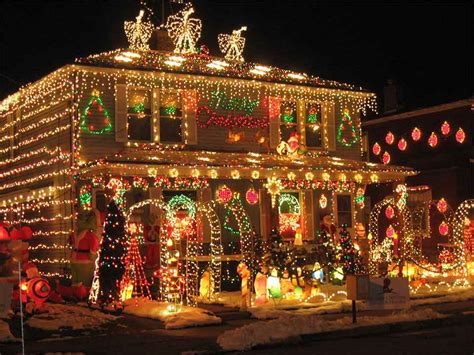 20 christmas lighting ideas that will leave you speechless