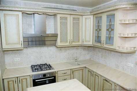 antique white kitchens antique white cabinets casual cottage