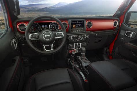 2019 jeep truck interior 2020 jeep 174 gladiator interior peppers automotive
