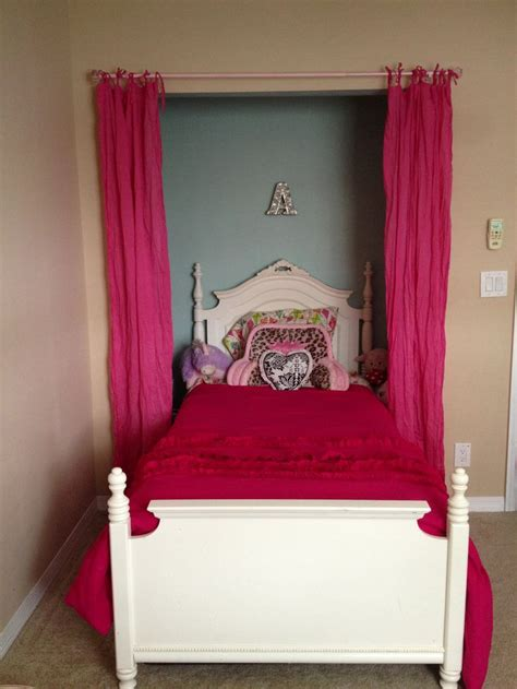 Beds In Closets by 17 Best Images About Tween Room On Tween