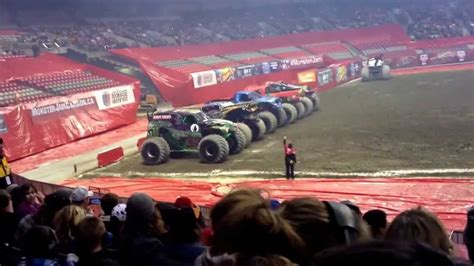 monster trucks show 2014 monster truck show 2014 vancouver youtube