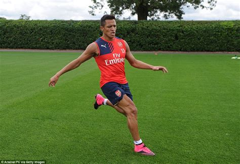 alexis sanchez gym arsenal boss arsene wenger refuses to rule alexis sanchez