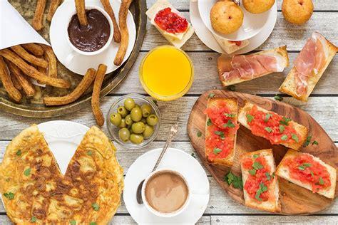 colazione in la tipica colazione spagnola il desayuno