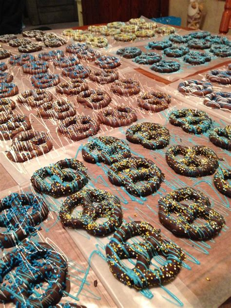 Baby Shower Chocolate Covered Pretzels by 1000 Images About Chocolate Covered Pretzels On