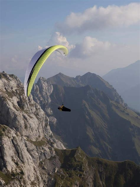 swing paraglider swing s new en c astral 7 cross country magazine in