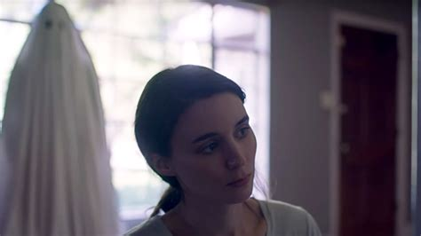 film ghost pictures a ghost story trailer rooney mara is haunted by casey