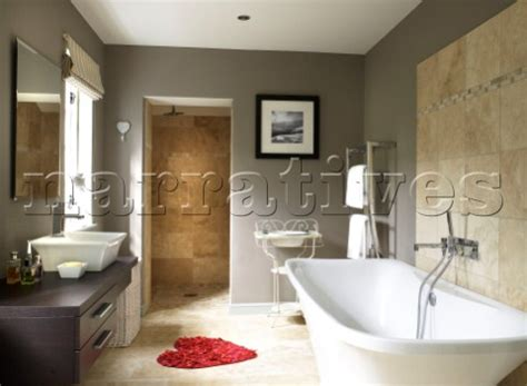 Red and grey bathroom my web value