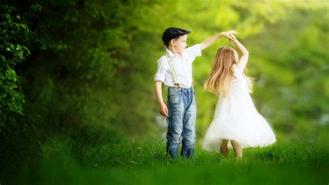 Wallpaper Small Couple | sweetest small couple dance hd new wallpapers new hd