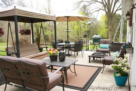 Patio Makeover by Patio Makeoverdiy Show Diy Decorating And Home