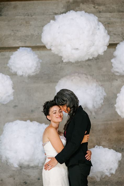 21 Winter Decor Ideas That Don't Scream Christmas   A Practical Wedding A Practical Wedding: We
