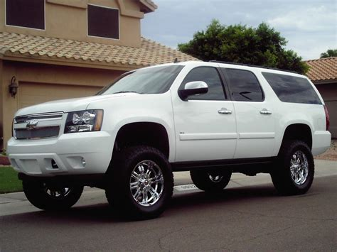 chevrolet suburban lifted gm parts center 9 lifted suburbans we d take off the