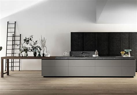 Interior Design Of Kitchen by Cucina Genius Loci Valcucine