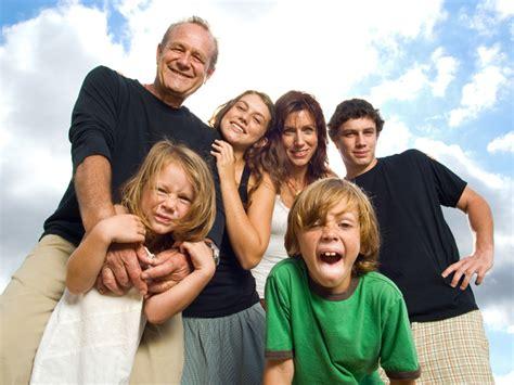 imagenes familias urbanas fullpublicidad dia internacional de la familia