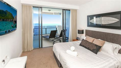 bedroom surfers paradise soul level 50 skyhome ocean holiday holiday