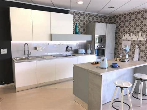 costo ristrutturazione cucina quanto costa ristrutturare la cucina a roma 06 5202959