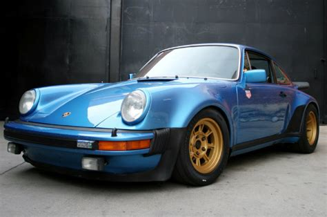 magnus walker porsche collection magnus walker the porsche collector