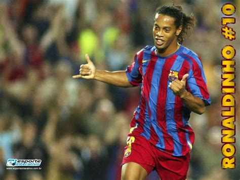 ronaldinho biography in english a day in the life of ronaldinho on tildee how to and