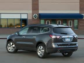 2014 chevrolet traverse price photos reviews features