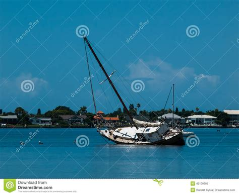 sinking boat florida sinking boat stock image image of boat waters cove