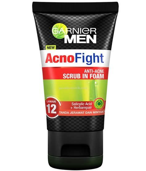 Pelembab Garnier Acno Fight garnier garnier acno fight anti acne scrub in