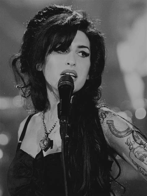amy winehouse tattoos amazing beautiful image 771384