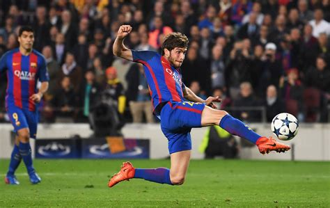 barcelona goal watch sergi roberto goal for barcelona v psg heavy com