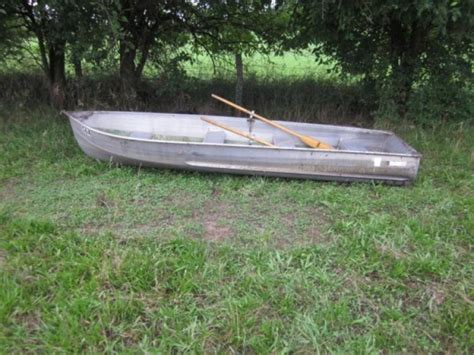 boat oars with oar locks aluminum round bottom row boat with bumpers and wood oars