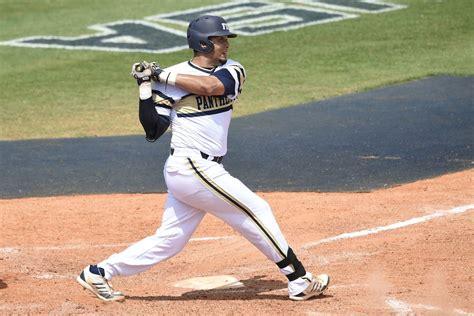 edwin rios hits  home runs  quakes   win true blue la