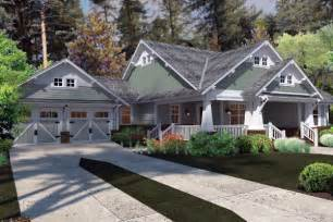 Craftsman Farmhouse Plans by Cottage Craftsman Farmhouse House Plan 75137