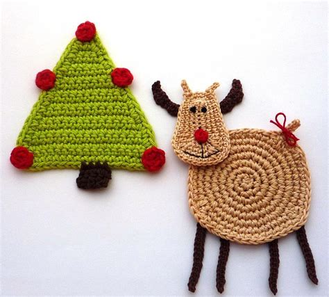 you have to see crochet christmas reindeer by monikadesign