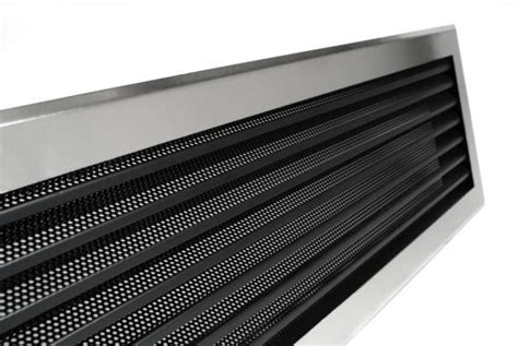 Grille Aeration Cheminee by Grille A Lamelles Perforees Kemp