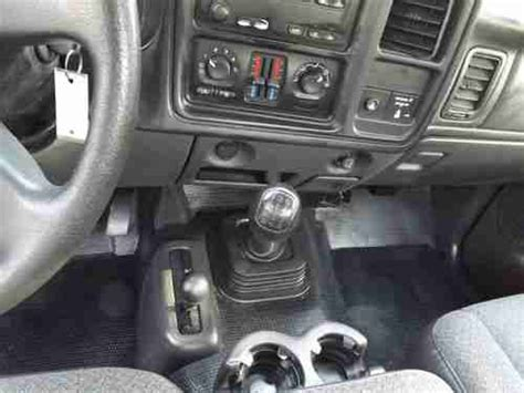 find used rare 2007 silverado classic 2500hd 5spd manual 4wd reg cab lb wt low miles in