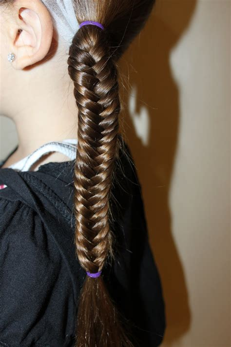 Fish Braids Hairstyles by Hairstyles For The Wright Hair Fishtail Braids