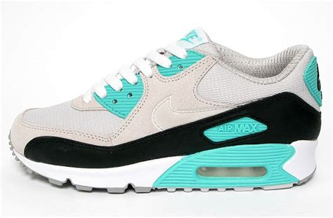 Nike Air Max Essential Black Mint Condition nike air max 90 grey mint international college of