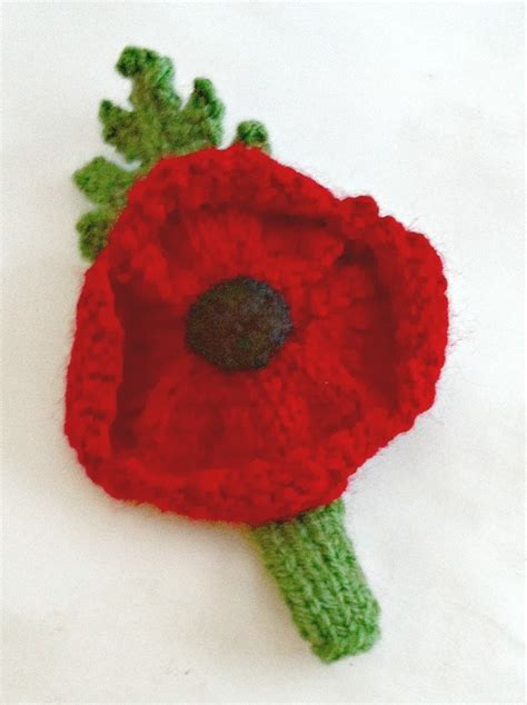 knitting pattern red poppy knitted poppy brooch folksy