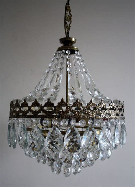Chandelier Vintage Best 25 Vintage Chandelier Ideas On Rustic Light Fixtures Shabby Chic Chandelier