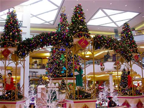 gingerbread commercial mall decorations commercial trees decor with mosca design 4000 decorations for hotels