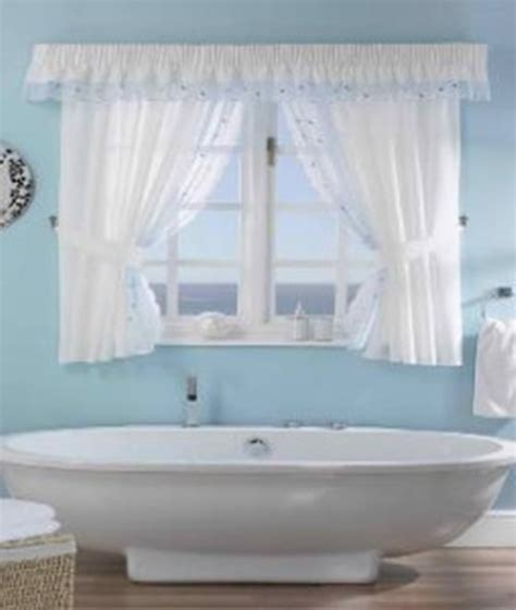 Bathroom Curtains How To Choose Them And Also Keep The Bathroom Shower Window Curtains
