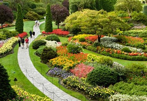 The Most Beautiful Flower Garden In The World The Most Beautiful Flower Garden In The World In Fact