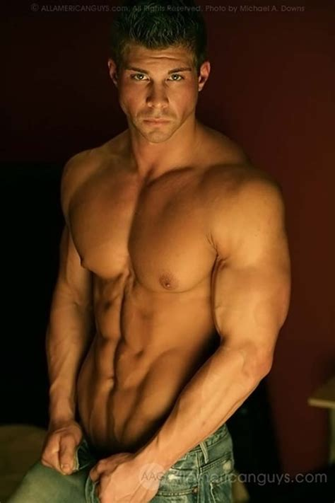 hombres guapos y de buen cuerpo hombres guapos y de bun cuerpo fotos de chicos fuertes y muy guapos