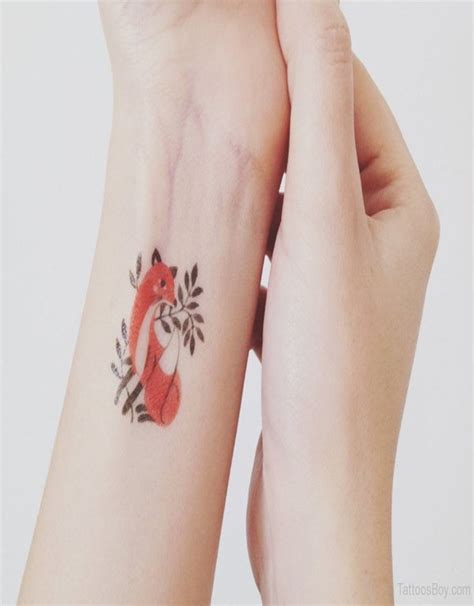 tiny tattoos are a big chic small with big meanings easyday