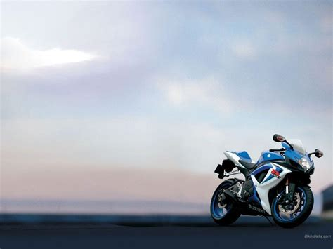 Suzuki Gsxr Wallpaper Suzuki Gsxr Wallpapers Wallpaper Cave
