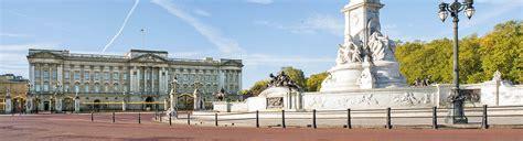 buckingham palace facts fascinating buckingham palace facts london pass blog