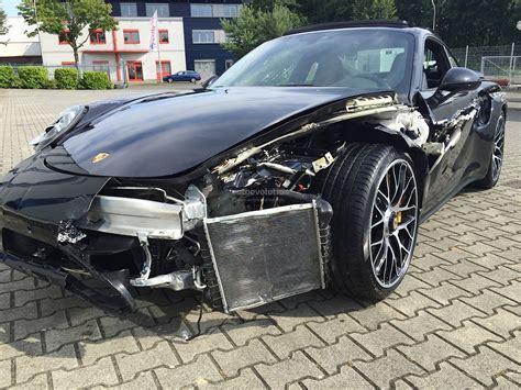 Porsche Crash by Crashed Porsche 911 Turbo S Looks Like A T Rex Tore Its